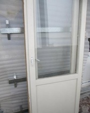 Продам Деревянное окно с балконной дверью в Волгограде  - foto 0